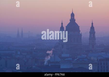 St Stephen's Basilica at sunrise, Budapest, Hungary - Stock Photo