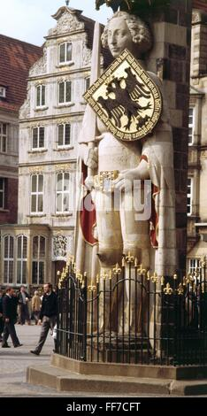 geography / travel, Germany, Bremen, Bremen, the Roland monument (5.4m), built 1404, 1980s, Additional-Rights-Clearences - Stock Photo