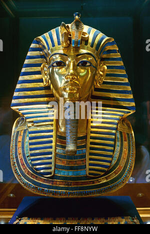 The funerary Mask of Tutankhamun, 14th century BC, Egyptian Museum of Antiquities, Cairo, Egypt, Africa - Stock Photo