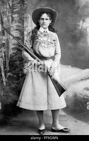 Annie Oakley, the famous American sharpshooter c.1899