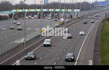 Great Wyrley, Staffordshire, UK. 12th February, 2016. Toll Booths and traffic pictured today on the M6 Toll road - Stock Photo