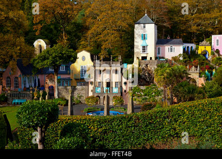Central plaza in Portmeirion a tourist village in Gwynedd North Wales UK built between 1925 and 1975 by Clough Williams - Stock Photo