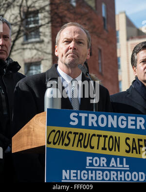 New York, United States. 12th Feb, 2016. Buildings Commissioner Rick Chandler answers a question from a reporter. - Stock Photo