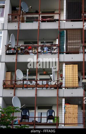Balkone in einem Mietshaus, Berlin-Wedding. - Stock Photo