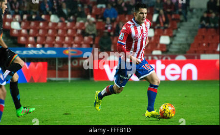 Gijon, Spain. 12th February, 2016. Isma lopez (midfielder, Real Sporting de Gijon) in action during football match - Stock Photo