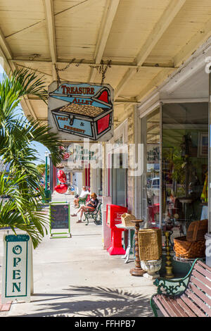 Downtown Historic District listed on the National Register of Historic Places in antique shopping town of Arcadia - Stock Photo