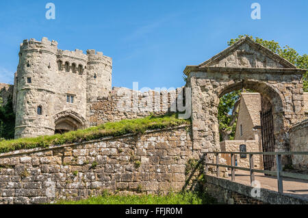 Carisbrooke Castle on the Isle of Wight, South England | Burg von Carisbrooke auf der Insel Isle of Wight, England, - Stock Photo