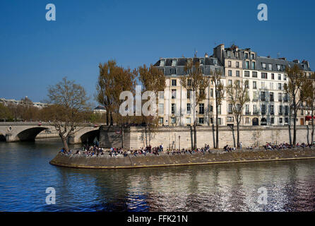 Quai de Bourbon, Paris - Stock Photo