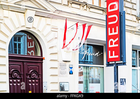 Former home of Sigmund Freud, the father of psychoanalysis, Berggasse 19, Vienna, Austria, now a museum - Stock Photo