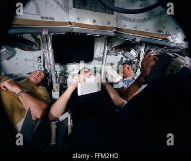 NASA Apollo 14 astronauts Alan B. Shepard Jr. (right), commander, and Edgar D. Mitchell, lunar module pilot, left, - Stock Photo