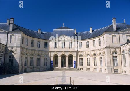 France, Meuse (55), Verdun town, Episcopal palace housing Worldewide Center of Peace  // Meuse (55), ville de Verdun, - Stock Photo
