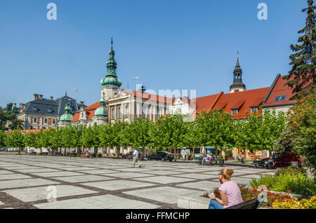 Poland, Silesian Voivodship, Pszczyna (Pless), view of Rynek, the Market Place with Town Hall and Protestant Church - Stock Photo
