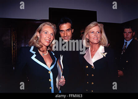 Copperfield, David, * 16.9.1956, American conjurer, half length, Munich, 10.9.1993, Additional-Rights-Clearances - Stock Photo