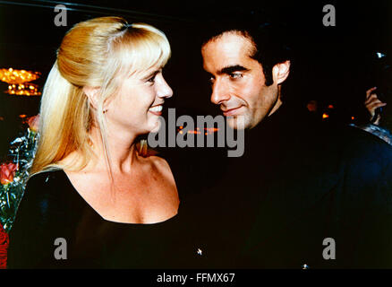 Copperfield, David, * 16.9.1956, American conjurer, half length, with Linda de Mol, Munich, 10.9.1993, Additional - Stock Photo