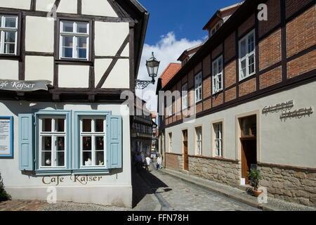 geography / travel, Germany, Saxony-Anhalt, Quedlinburg, streets, Am Finkenherd, Café Kaiser and Gallery Hagen, - Stock Photo