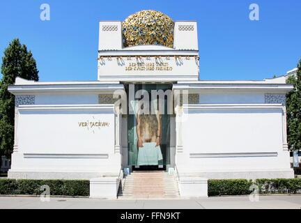 geography / travel, Austria, Vienna, Secession hall, built in 1897/1898 by Joseph Maria Olbrich, Additional-Rights - Stock Photo