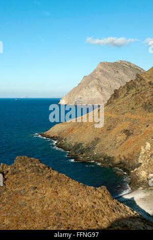 Griechenland, Kreta, Nordosten, Exo Mouliana, Küste am Eingang zur Richti-Schlucht - Stock Photo