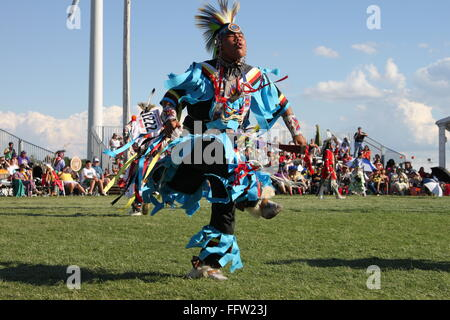 sioux grass dance American indian sioux songs 4 grass dance songs muskogee creek stomp dances, sioux flag song, veterans' song and grass dance.