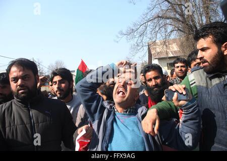 Srinagar, Kashmir. 17th Feb, 2016. Supporters of Kashmiri Independent lawmaker Engineer Sheikh Abdur shout slogans - Stock Photo