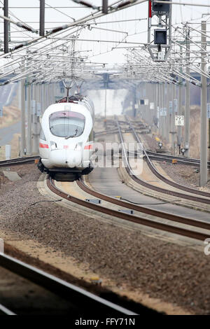 Schkeuditz, Germany. 16th Feb, 2016. An ICE tilting train passes the station 'Leipzig/Halle Airport' in Schkeuditz, - Stock Photo