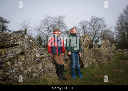 Families waiting for total Solar eclipse at Sunrise, viewed at Rollright Stones, near Chippng Norton, Oxfordshire, - Stock Photo