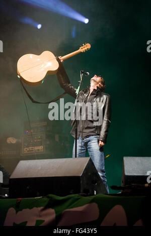 Richard Ashcroft of The Verve, Pyramid stage, Glastonbury Festival 2008, Somerset, England, United Kingdom. - Stock Photo