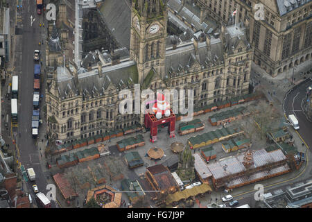 An aerial view of Manchester Town Hall decorated for Christmas - Stock Photo