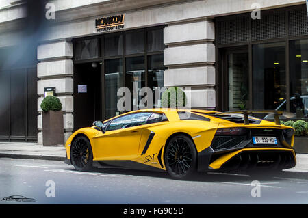 Lamborghini Aventador Sv In London Stock Photo 96084494 Alamy