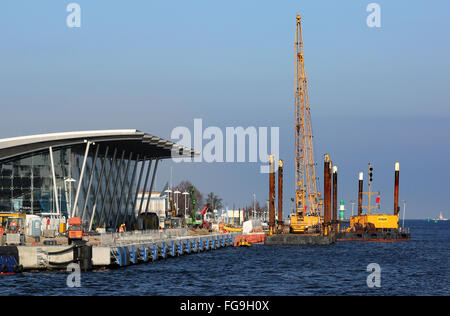 Construction on Anchorage 7 at the cruise terminal in Warnemuende, Germany, 17 February 2016. Since September 2015, - Stock Photo