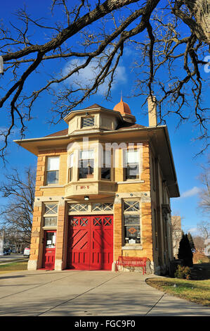 The Elgin Fire Barn No. 5, now a museum, was built in 1903 and decommissioned in 1991. Elgin, Illinois, USA. - Stock Photo