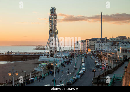 Winter sunset on Brighton seafront, East Sussex, England. - Stock Photo