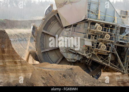 Giant bucket wheel excavator mining - Stock Photo