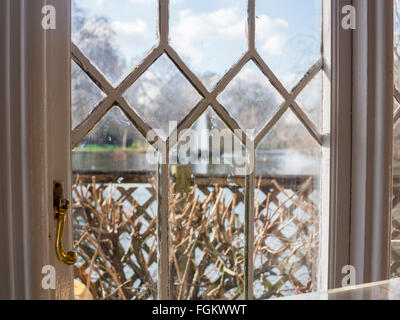 The interior of Duck Island Cottage in St James's Park - Stock Photo