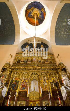 Griechenland, Kreta, bei Chania, Akrotiri-Halbinsel, Kloster Moni Agia Triada, die Ikonostase in der Klosterkirche - Stock Photo