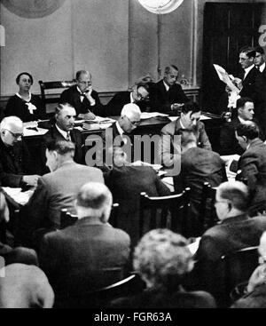 justice, lawsuits, Reichstag Fire Trial, session of the international commission investigating the Reichstag fire - Stock Photo