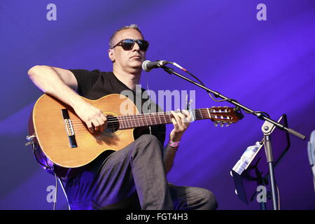 Nitin Sawhney, Village Green Music and Arts Festival, Chalkwell Park, Southend-on-Sea, Essex, July 2015 - Stock Photo