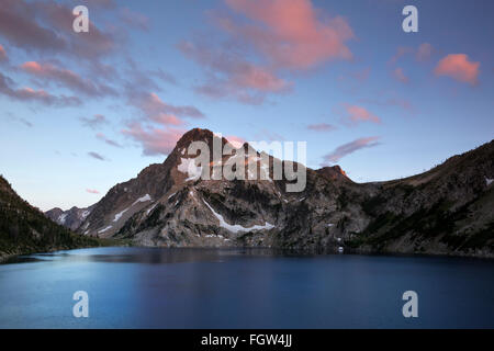 ID00351-00...IDAHO - Sunset over Mount Regan and Sawtooth Lake in the Sawtooth Wilderness Area. - Stock Photo