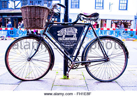 Butchers Bike outside the old Slaughterhouse Art & Heritage Studio in Stratford, England UK. © Christopher Canty - Stock Photo