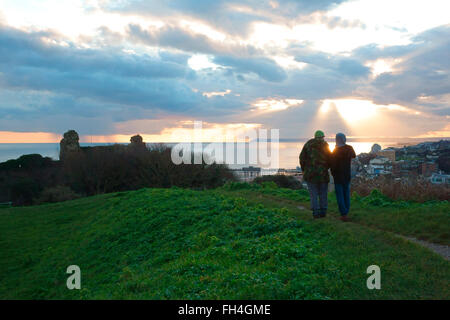 Hastings, East Sussex, UK. 23rd February 2016. UK Weather: After a fine sunny day people taking photo of a spectacular - Stock Photo