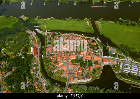 Aerial view, old town of Hitzacker with Jeetzel and Old Jeetzel, Elbe, Elbe, Hochwaaserschutzbauten, sluice, Hitzacker, - Stock Photo