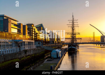 River Liffey, and Jeanie Johnston ship, Custom House Quay, Dublin, Ireland - Stock Photo