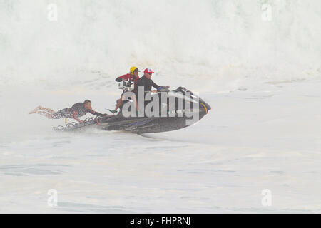 Haleiwa, Hawaii, USA. 25th February, 2016. February 25, 2016 - The Water Patrol busy at work during the action at - Stock Photo