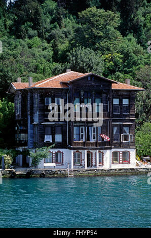 A luxury homes on the shore of  the BOSPHORUS (the waterway which joins the Mediterranean & the Black Sea) - Istanbul, - Stock Photo