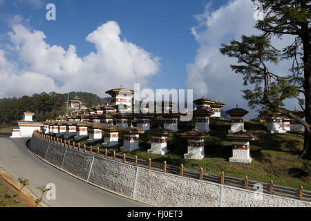 Dochula pass, in the Himalayas, on the road from Thimpu to Punakha - Stock Photo