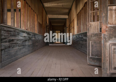 Abandoned school in Humberstone, a former nitrate mining and processing town in the Atacama desert. - Stock Photo