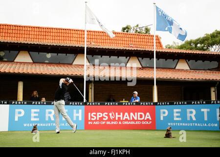 Perth, Australia. 28th Feb, 2016. ISPS HANDA Perth International Golf. Adam Bland (AUS) tees off for his final round. - Stock Photo