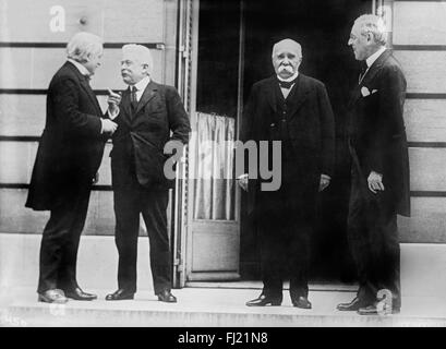 The 'Big Four' world leaders at World War I Peace Conference in Paris on May 27, 1919. From left to right: British - Stock Photo