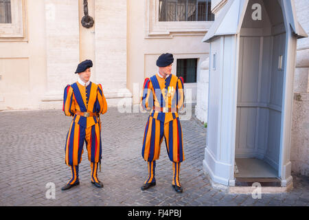 Swiss guards on duty at St. Peter's Basilica - Vatican City - Stock Photo