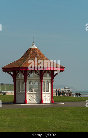 The Eastern Promenade and Edwardian Shelter, Bexhill-on-Sea, East Sussex, England - Stock Photo
