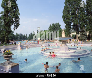 Palatinus open-air thermal water park, Margaret Island, Budapest, Central Hungary Region, Republic of Hungary - Stock Photo